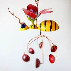 Juana Pena Honeybee Spinner